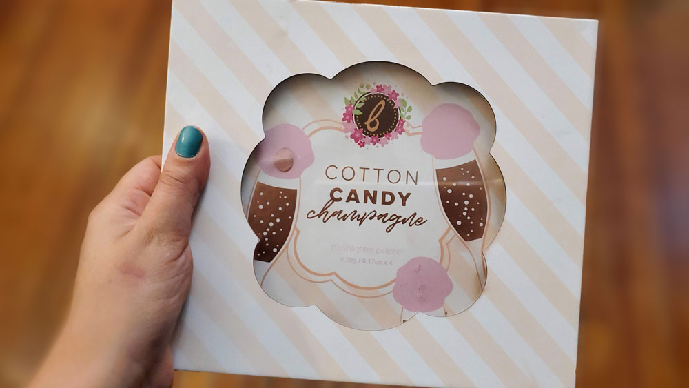 Beauty-Bakerie-Cotton-Candy-Campagne-Palette