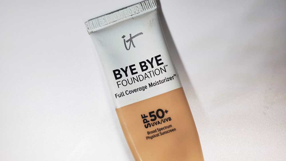 It Cosmetics Bye Bye Foundation Review