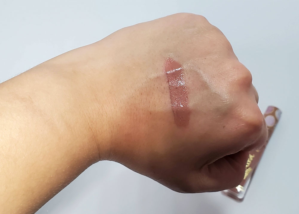 too faced melted matte sugar cookie swatch