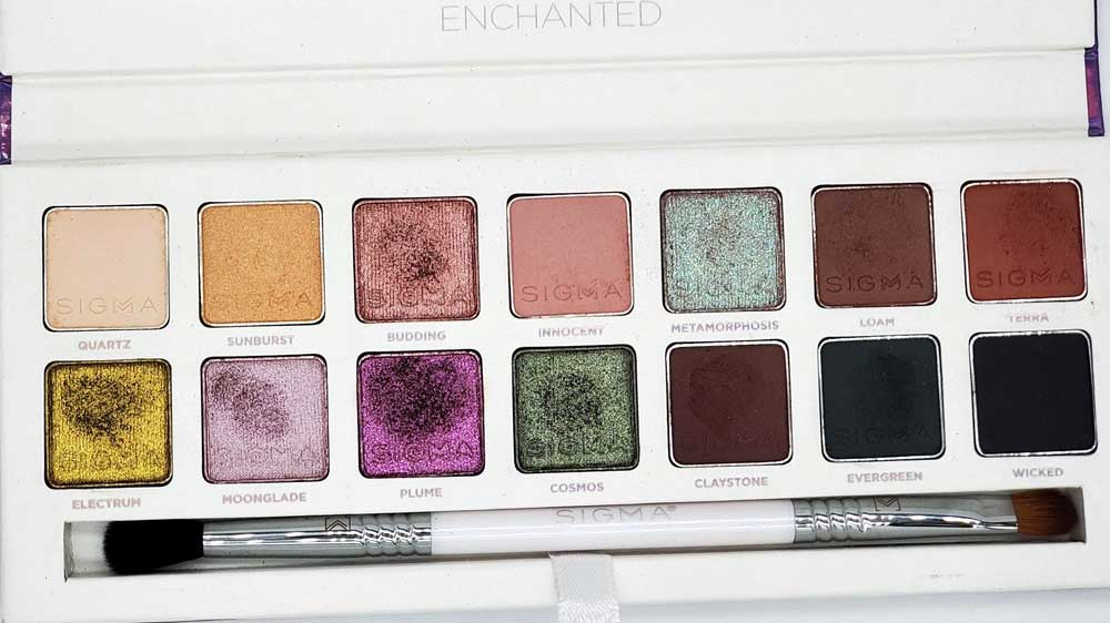 sigma enchanted eyeshadow palette